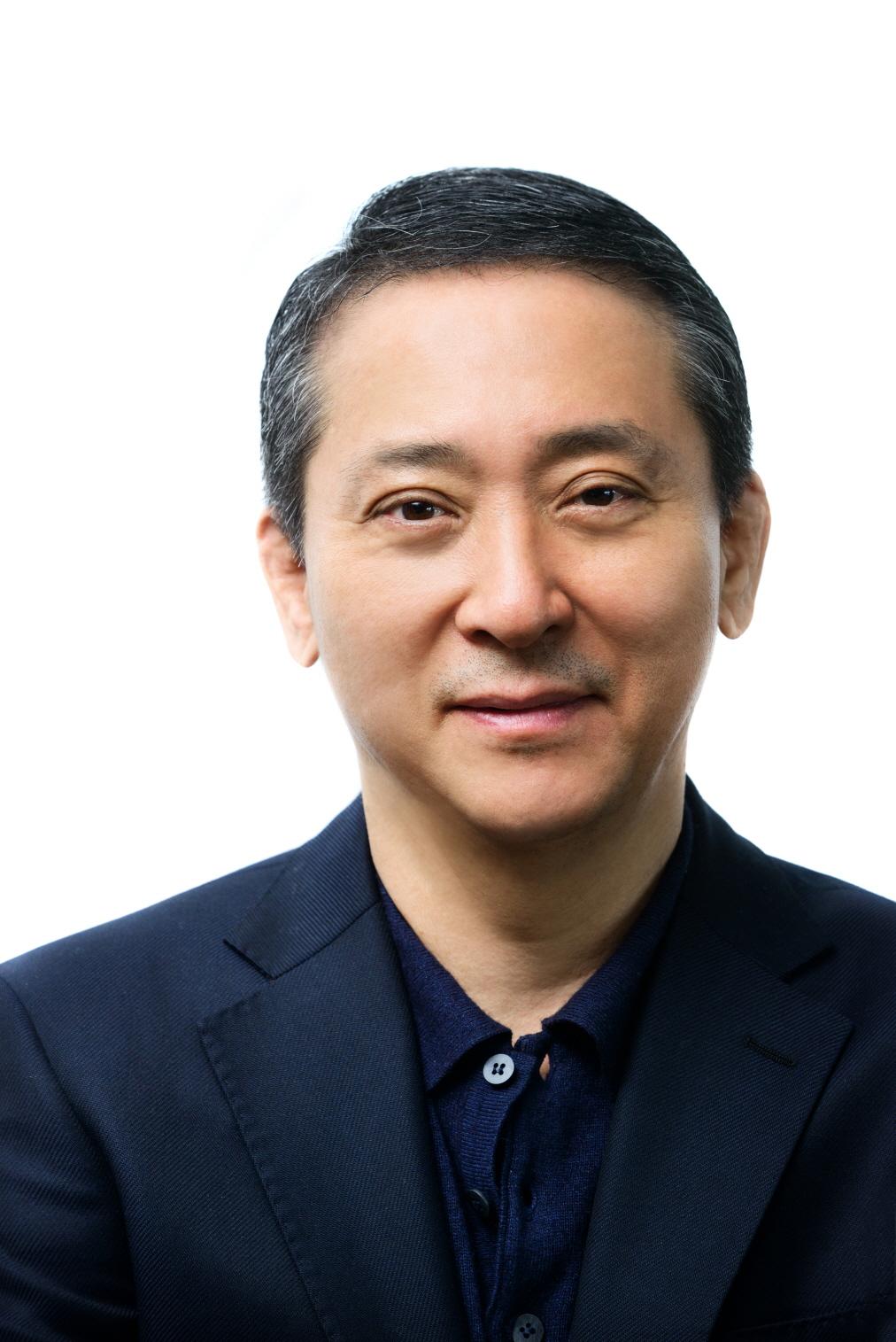 LG엔솔, 사령탑 교체…권영수 LG부회장 신임 CEO 선임